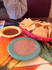 Refried beans with chips and salsa